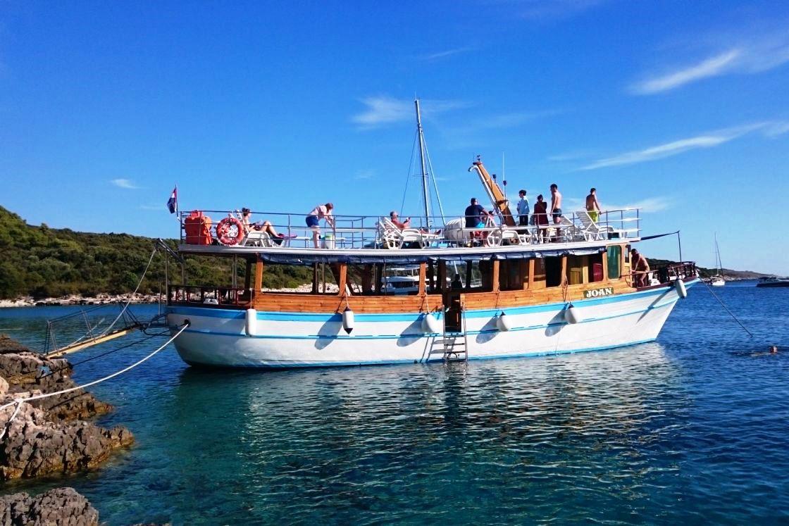 Vir sziget hajókirándulás